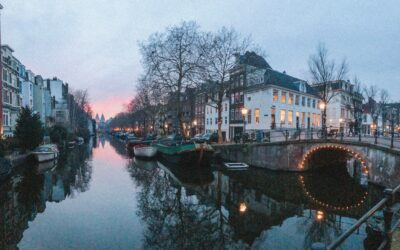 Travel Guide to Amsterdam